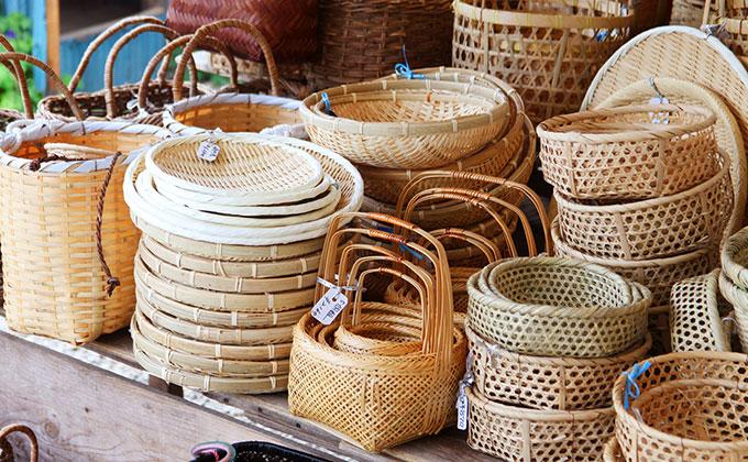 竹細工の色