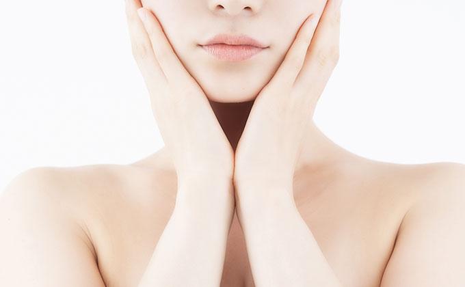 美容広告などでよく見る肌色