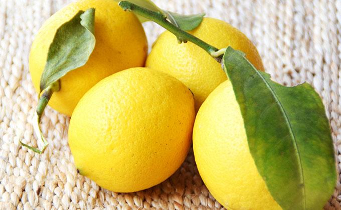 レモンの色