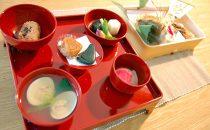 お食い初めの食器の色